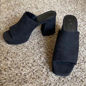 Urban Outfitters Gigi Platform Mule Shoes